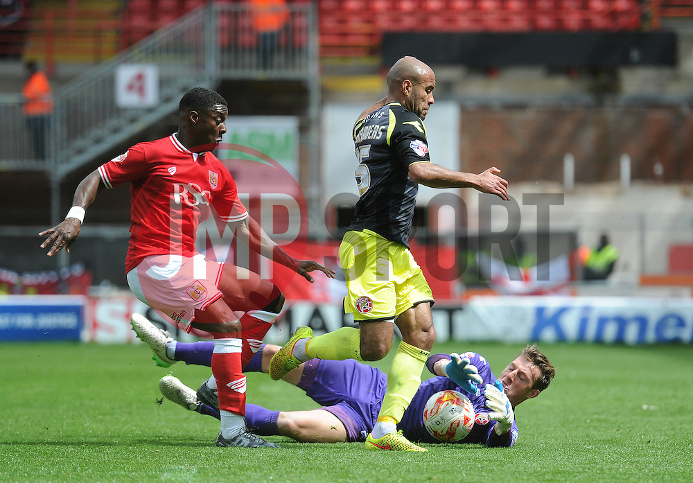 Bristol City's Kieran Agard closes down Walsall's Richard O'Donnell - Photo mandatory by-line: Dougie Allward/JMP - Mobile: 07966 386802 - 03/05/2015 - SPORT - Football - Bristol - Ashton Gate - Bristol City v Walsall - Sky Bet League One