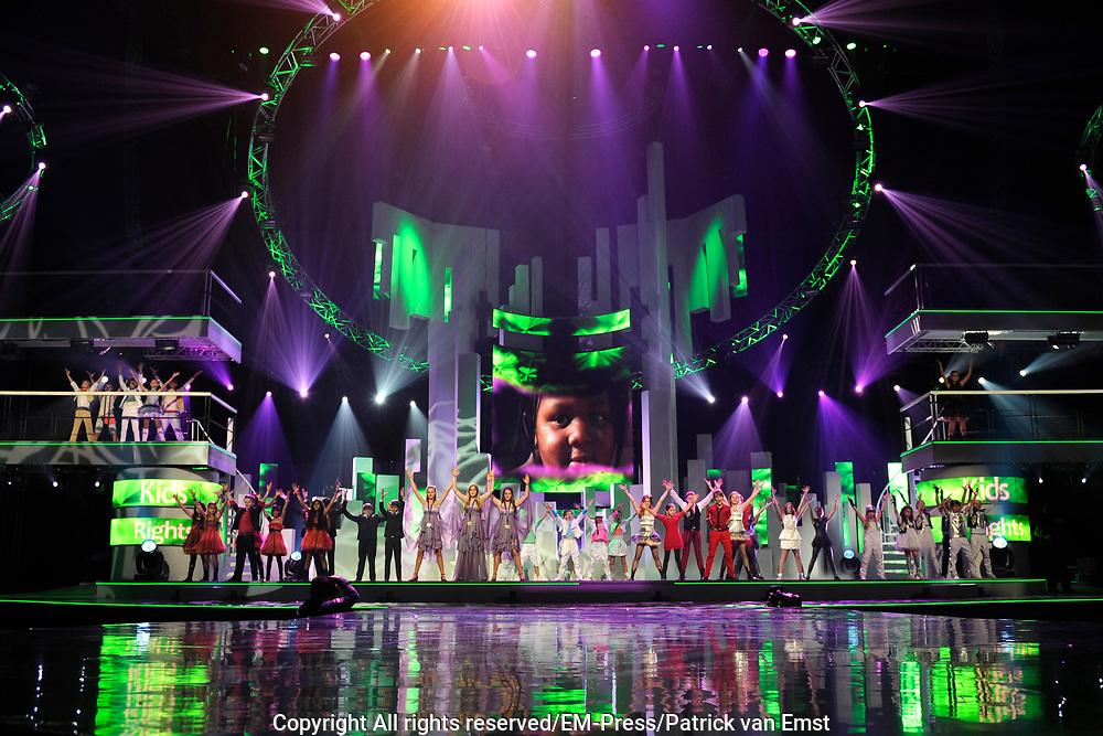 Dress rehearsal Junior Eurovisie Songfestival 2012 in de Heineken Music Hall.<br /> <br /> op de foto:  Alle finalisten van het Junior Songfestival
