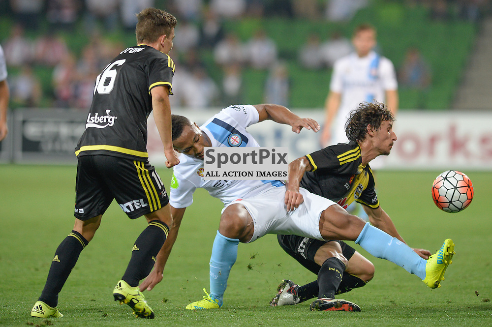 Louis Fenton of Wellington Phoenix, Harry Novillo of Melbourne City, Hyundai A-League, January 25th 2016, RD16 match between Melbourne City FC v Wellington Phoenix FC in a 3:01 win to City  at Aami Park,  Melbourne, Australia. © Mark Avellino | SportPix.org.uk