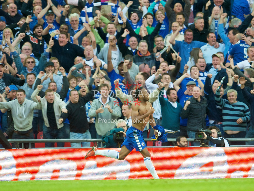 LONDON, ENGLAND - Saturday, April 18, 2009: Chelsea's Didier Drogba celebrates scoring the winning second goal against Arsenal during the FA Cup Semi-Final match at Wembley. (Photo by: David Rawcliffe/Propaganda)