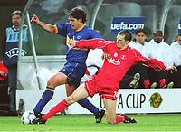 v.l.  Oscar TELLEZ , Dietmar HAMANN  FC Liverpool   <br />                  UEFA-Cup Finale  FC Liverpool -Deportivo ALAVEZ