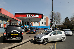 © Licensed to London News Pictures. 29/03/2012. Orpington, UK. Queues for petrol at a Texaco petrol station in Orpington, South London on March 29, 2012. Photo credit : Grant Falvey/LNP
