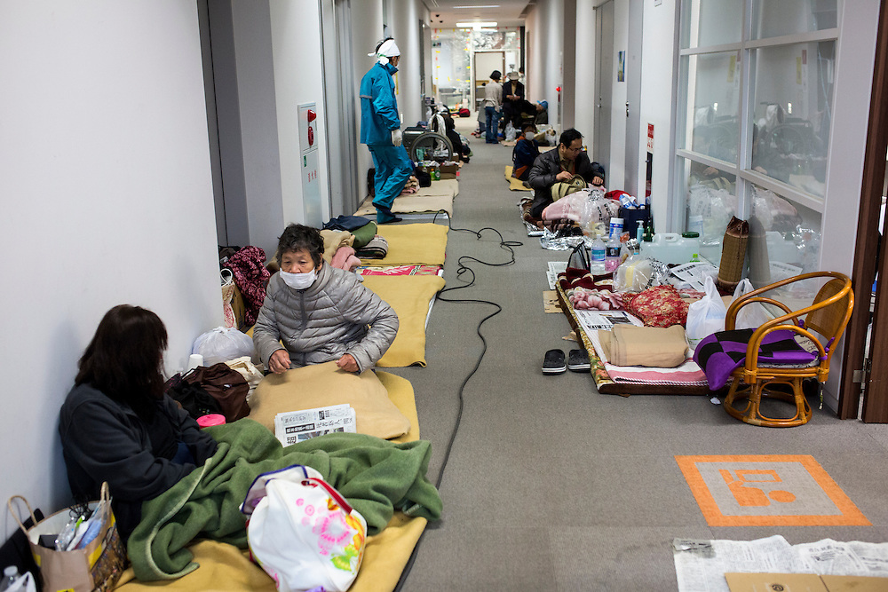 KUMAMOTO, JAPAN - APRIL 21:  Earthquake survivors take a rest in the morning of April 21, 2016 in Mashiki Gymnasium evacuation center, Kumamoto, Japan. To date 45 people are confirmed dead and around 11,000 people have evacuated after an 6.5 earthquake on Thursday night and a stronger 7.3 quake on Saturday morning struck the Kyushu Island in western Japan.<br /> <br /> Photo: Richard Atrero de Guzman