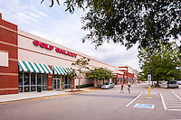 Retail center exterior photo of Devonshire Place in Carey North Carolina by Jeffrey Sauers of Commercial Photographics