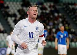 Wayne Rooney of England looks on - Photo mandatory by-line: Rogan Thomson/JMP - 07966 386802 - 31/03/2015 - SPORT - FOOTBALL - Turin, Italy - Juventus Stadium - Italy v England - FIFA International Friendly Match.