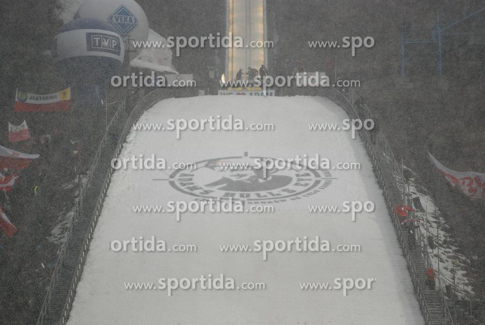 26.03.2011, Wielka Krokiew, Zakopane, POL, Adams Bulls Eye, im Bild  WIELKA KROKIEW during benefit Adama Malysz, Adam's Bull's Eye at Nordic Ski Arena Zakopane Poland on 26/3/2011. EXPA Pictures © 2011, PhotoCredit: EXPA/ Newspix/ Natalia Konarzewska +++++ ATTENTION - FOR AUSTRIA/(AUT), SLOVENIA/(SLO), SERBIA/(SRB), CROATIA/(CRO), SWISS/(SUI) and SWEDEN/(SWE) CLIENT ONLY +++++.....