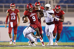 September 16, 2017 - Boca Raton, Florida, U.S. - Florida Atlantic Owls running back Gregory Howell Jr. (9) breaks off a big run against Bethune Cookman Wildcats in Boca Raton, Florida on September 16, 2017. (Credit Image: © Allen Eyestone/The Palm Beach Post via ZUMA Wire)