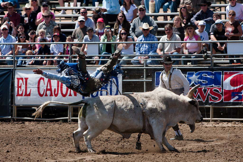 Bo Bacigalupi posts no score after getting thrown from CR Time during the Lakeside Rodeo on April 25, 2009.