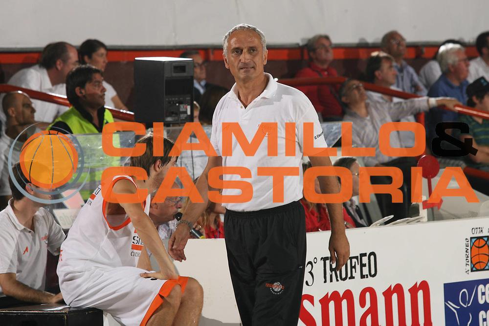 DESCRIZIONE : Caserta Lega A1 2007-08 Torneo Citt&agrave; di Caserta Lottomatica Virtus Roma Snaidero Udine<br /> GIOCATORE : Cesare Pancotto<br /> SQUADRA : Snaidero Udine<br /> EVENTO : Campionato Lega A1 2007-2008 <br /> GARA : Lottomatica Virtus Roma Snaidero Udine<br /> DATA : 15/09/2007 <br /> CATEGORIA : Ritratto<br /> SPORT : Pallacanestro <br /> AUTORE : Agenzia Ciamillo-Castoria/M.Marchi