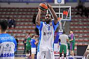 DESCRIZIONE : Eurolega Euroleague 2015/16 Group D Dinamo Banco di Sardegna Sassari - Unicaja Malaga<br /> GIOCATORE : Christian Eyenga<br /> CATEGORIA : Riscaldamento Before Pregame<br /> SQUADRA : Dinamo Banco di Sardegna Sassari<br /> EVENTO : Eurolega Euroleague 2015/2016<br /> GARA : Dinamo Banco di Sardegna Sassari - Unicaja Malaga<br /> DATA : 10/12/2015<br /> SPORT : Pallacanestro <br /> AUTORE : Agenzia Ciamillo-Castoria/C.AtzoriAUTORE : Agenzia Ciamillo-Castoria/C.Atzori