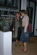 Bridget Barnaby and Camilla Barnaby. Bronze Sculpture by Georgiana Anstruther-Gough-Calthorpe. Air Gallery. Dover St. London. 27 September 2005. ONE TIME USE ONLY - DO NOT ARCHIVE © Copyright Photograph by Dafydd Jones 66 Stockwell Park Rd. London SW9 0DA Tel 020 7733 0108 www.dafjones.com