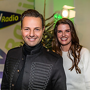 NLD/Amsterdam/20161207 - 8e Sky Radio's Christmas Tree For Charity, Manon Meijers en de kerstman