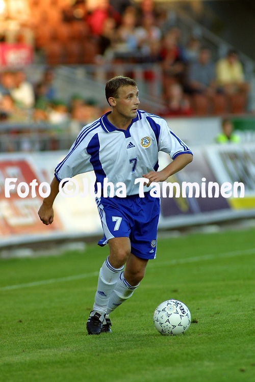 15.08.2001 Finnair Stadium, Helsinki, Finland. Friendly match Finland v Belgium. Mika Nurmela (FIN)..©JUHA TAMMINEN