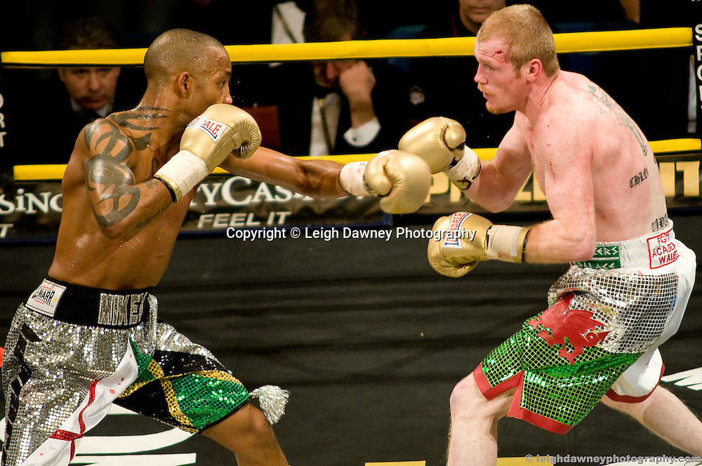 Jason Cook defeats Michael Grant (silver shorts) at London Olympia -  Prizefighter Light Welterweights 4th December 2009 Credit: © Leigh Dawney Photography