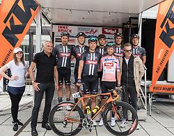 03.07.2016, Salzburg, AUT, Ö-Tour, Österreich Radrundfahrt, 1. Etappe, Innsbruck nach Salzburg, im Bild Team Tirol Cyling mit Clemens Fankhauser (AUT, Tirol Cycling Team) und Teammanager Thomas Pupp // Team Tirol Cyling mit Clemens Fankhauser (AUT, Tirol Cycling Team) und Teammanager Thomas Pupp during the Tour of Austria, 1st Stage from Innsbruck to Salzburg at Salzburg, Austria on 2016/07/03. EXPA Pictures © 2016, PhotoCredit: EXPA/ Reinhard Eisenbauer