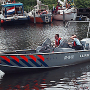 Huizer Havendag 1998, nieuwe boot politie gevaren door Martin Molenaar