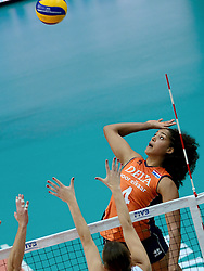 25-09-2014 ITA: World Championship Volleyball Nederland - USA, Verona<br /> Nederland verliest met 3-0 van team USA / Celeste Plak