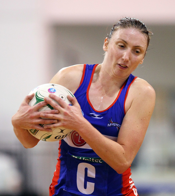 Mystic's Jade Clarke clutches the ball against the Southern Steel  in the ANZ Championship netball match, Edgar Centre, Dunedin, New Zealand, Sunday, May 13, 2012. Credit:SNPA / Dianne Manson