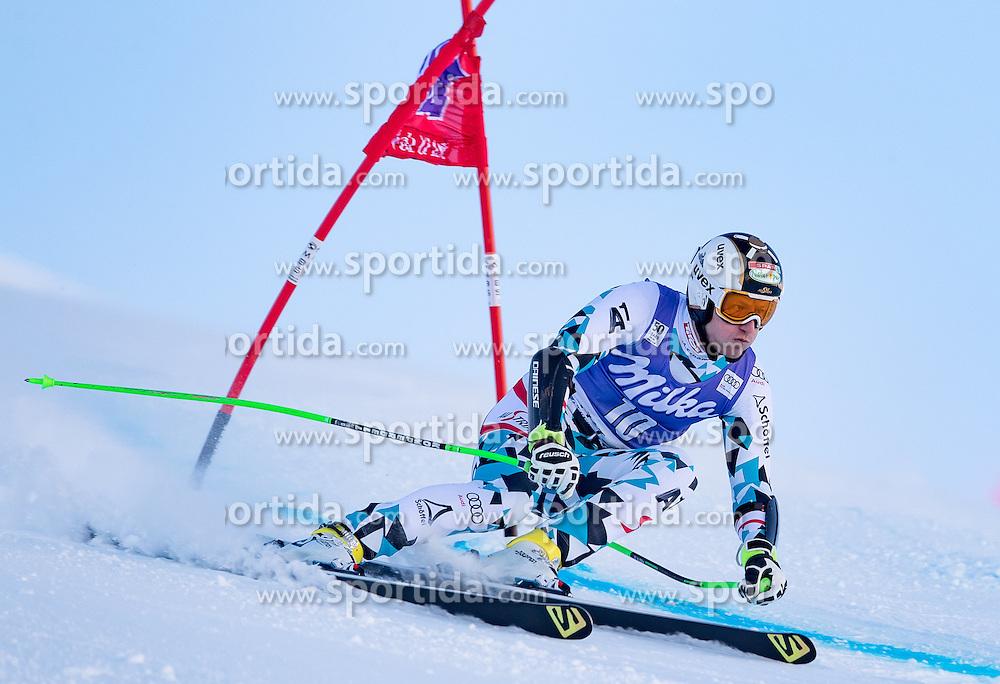 02.12.2016, Val d Isere, FRA, FIS Weltcup Ski Alpin, Val d Isere, Super G, Herren, im Bild Hannes Reichelt (AUT) // Hannes Reichelt of Austria in action during the race of men's SuperG of the Val d'Isere FIS Ski Alpine World Cup. Val d'Isere, France on 2016/02/12. EXPA Pictures © 2016, PhotoCredit: EXPA/ Johann Groder