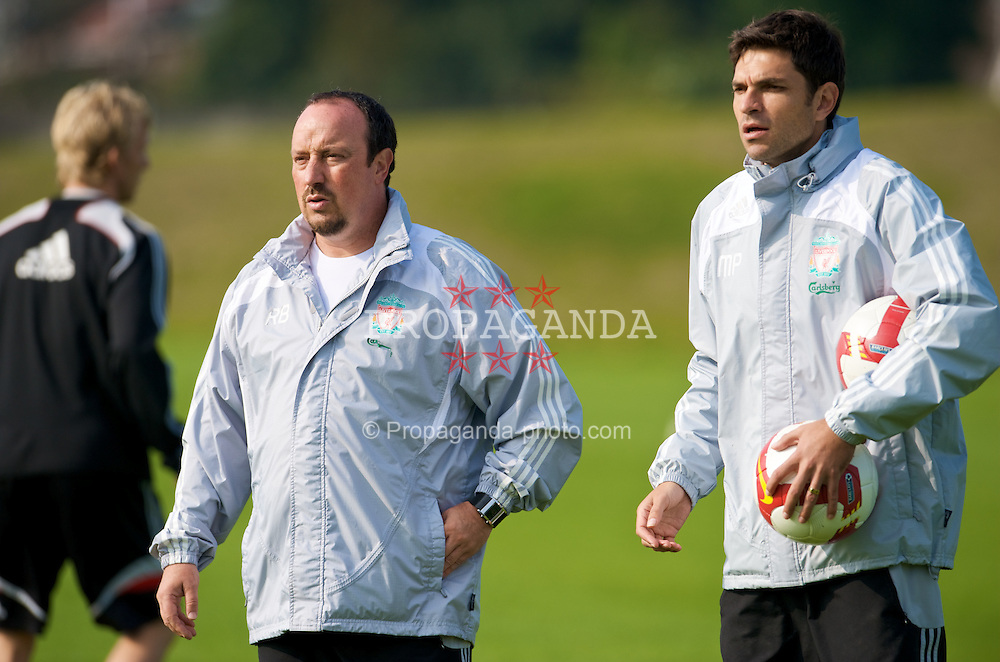 LIVERPOOL, ENGLAND - Friday, September 26, 2008: Liverpool's manager Rafael Benitez and first team coach Mauricio Pellegrino training at Melwood ahead of the 208th Merseyside Derby. (Photo by David Rawcliffe/Propaganda)