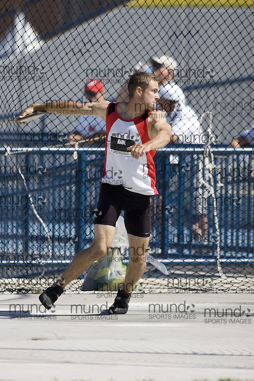 13 July 2007 (Windsor--Canada) -- The 2007 Canadian National Track and Field Championships... Ben Krul competing in the decathlon discus.