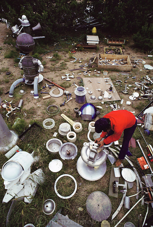 Tony Price (1937-2000), bought scrap from the nearby Los Alamos National Lab weekly public auctions, and built sculptures which convey anti-nuclear themes and messages. MODEL RELEASED (1988).