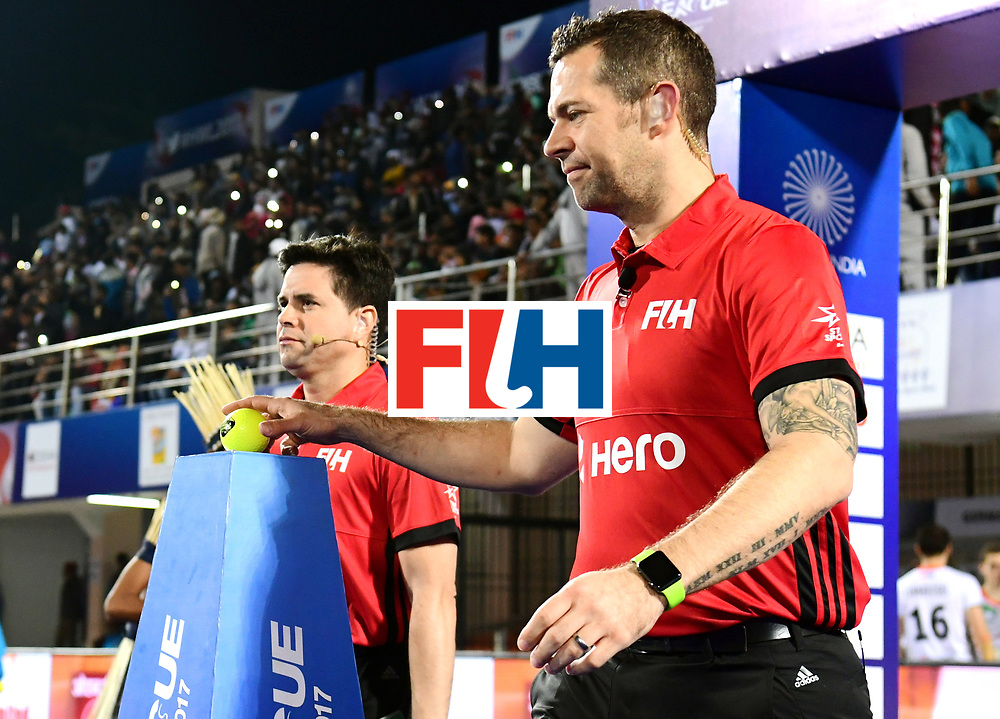 Odisha Men's Hockey World League Final Bhubaneswar 2017<br /> Match id:20<br /> Australia v Germany<br /> Foto: Line Up<br /> Umpire Martin Madden and Diego Barbas<br /> COPYRIGHT WORLDSPORTPICS FRANK UIJLENBROEK