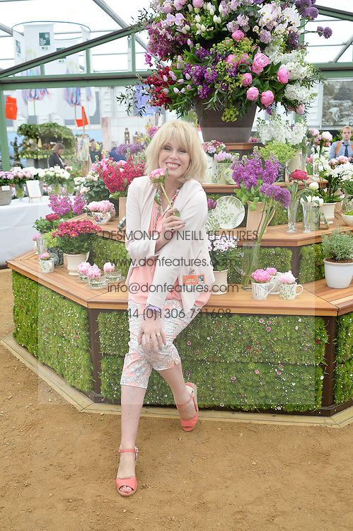 JOANNA LUMLEY at the 2015 RHS Chelsea Flower Show at the Royal Hospital Chelsea, London on 18th May 2015.