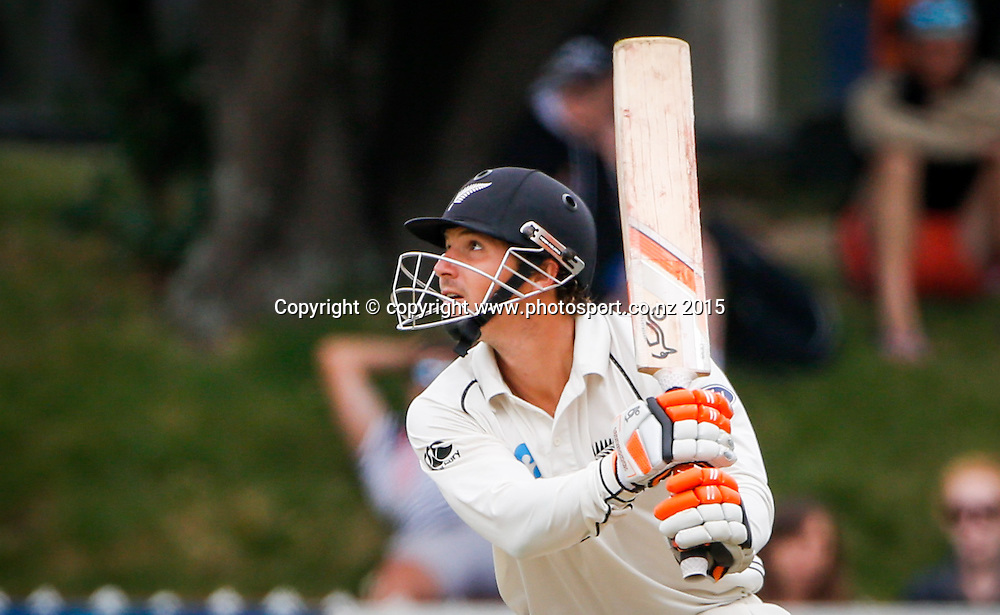 BJ Watling bats. Fourth day, second test, ANZ Cricket Test series, New Zealand Black Caps v Sri Lanka, 06 January 2015, Basin Reserve, Wellington, New Zealand. Photo: John Cowpland / www.photosport.co.nz