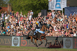 Hamburg - Hamburger Derby 2016<br /> Twomey, Billy (IRL) Diaghilev<br /> © Stefan Lafrentz