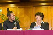 La organización Ni Un Fraude Más, dirigida por John Ackerman, organizó una conferencia de prensa para denunciar irregularidades en el proceso electoral del Estado de México, entre los invitados estuvieron Delfina Gómez y Rubén Albarrán. 6 de abril de 2017, Ciudad de México.