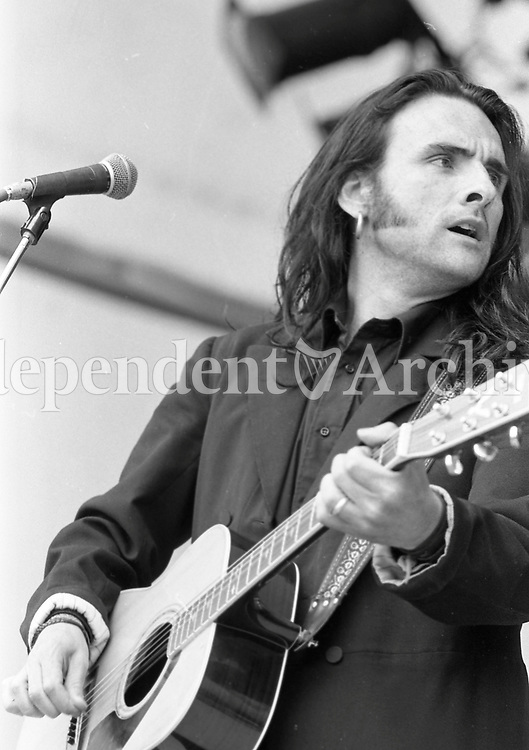 Acts  performing during the Feile Festival in Thurles, 01/08/1990 (Part of the Independent Newspapers Ireland/NLI Collection).