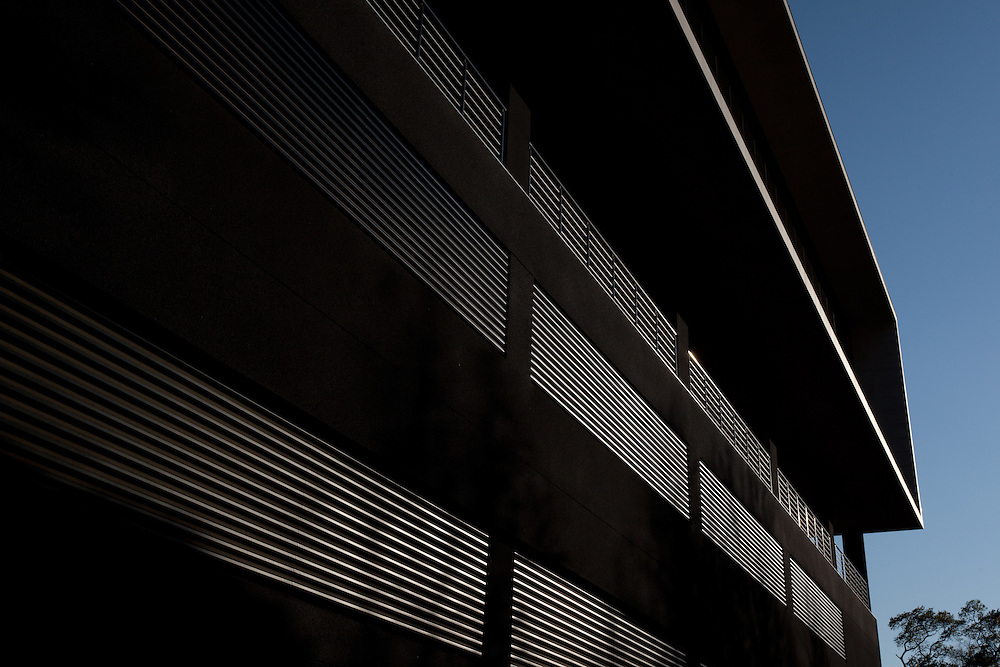 Eastgate 20 rear facade, Sandton, Johannesburg, South Africa. Paragon architects. 4 Star Green Star SA - Office Design v1 certified.