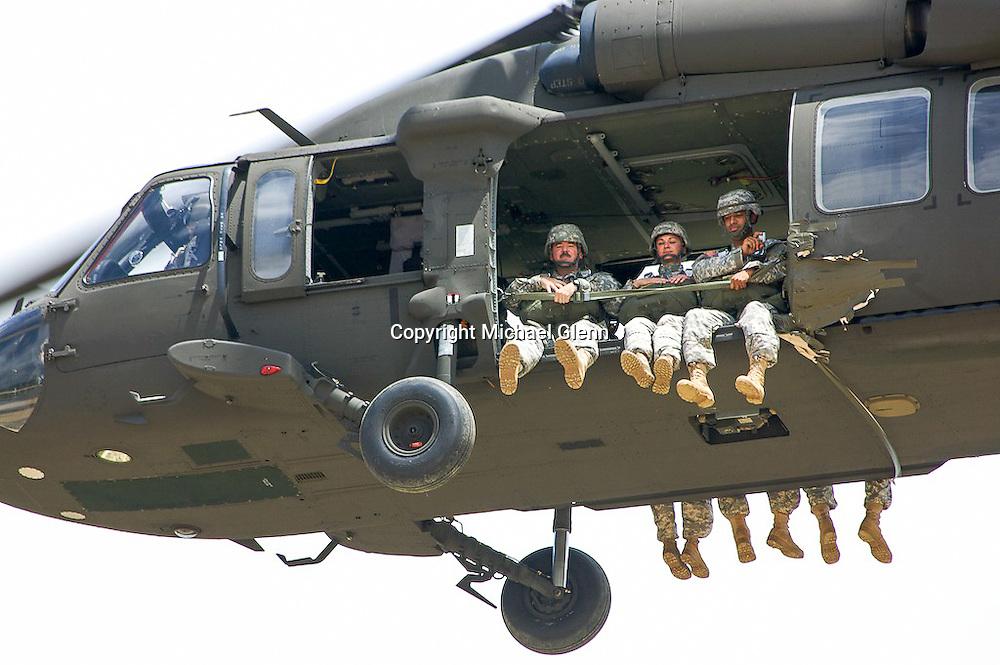 Airborne 404th Coyle 20100714, 15