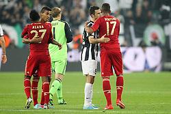 10.04.2013, Juventus Stadium, Turin, ITA, UEFA Champions League, Juventus Turin vs FC Bayern Muenchen, Viertelfinale, Rueckspiel, im Bild Freuen sich ueber den Sieg von links David ALABA #27 (FC Bayern Muenchen), LUIZ GUSTAVO #30 (FC Bayern Muenchen) und Jerome BOATENG #17 (FC Bayern Muenchen) verabschiedet sich von Mirko VUCINIC #9 (Juventus Turin) // during the UEFA Champions League best of eight 2nd leg match between Juventus FC and FC Bayern Munich at the Juventus Stadium, Torino, Italy on 2013/04/10. EXPA Pictures © 2013, PhotoCredit: EXPA/ Eibner/ Kolbert..***** ATTENTION - OUT OF GER *****