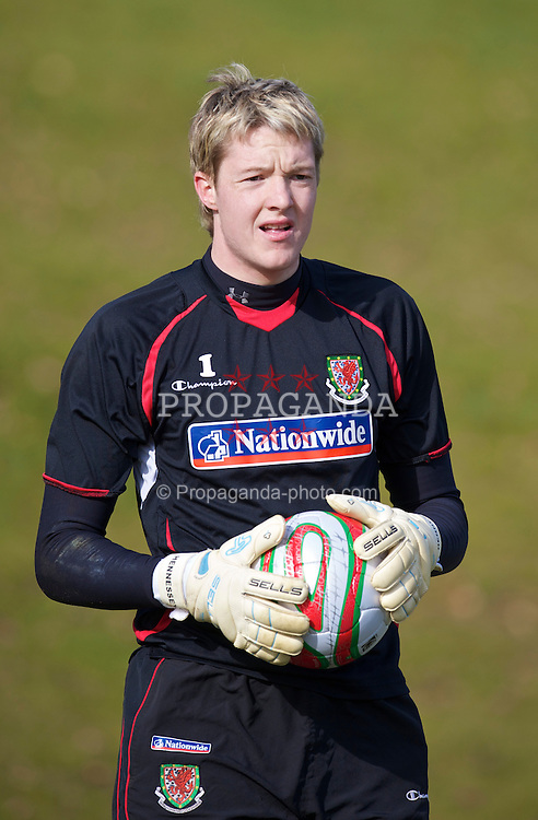 CARDIFF, WALES - Tuesday, March 2, 2010: Wales' goalkeeper Wayne Hennessey during training at the Vale of Glamorgan Hotel ahead of the international friendly match against Sweden. (Photo by David Rawcliffe/Propaganda)
