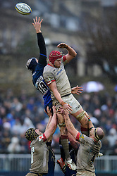 Bath replacement (#19) Dave Attwood and Saracens Lock (#5) Mouritz Botha compete at a lineout during the second half of the match - Photo mandatory by-line: Rogan Thomson/JMP - Tel: Mobile: 07966 386802 22/12/2012 - SPORT - RUGBY - The Recreation Ground - Bath. Bath Rugby v Saracens - Aviva Premiership.
