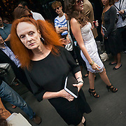 Grace Coddington, il direttore creativo della rivista Vogue America, alla sfilata di Dolce e Gabbana.<br /> <br /> Grace Coddington, the creative director of American Vogue magazine, at the Dolce e Gabbana fashion show.
