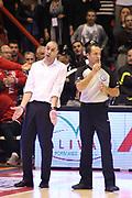 DESCRIZIONE : Campionato 2015/16 Giorgio Tesi Group Pistoia - Acqua Vitasnella Cantù<br /> GIOCATORE : Esposito Vincenzo<br /> CATEGORIA : Coach Allenatore Mani Arbitro Fair Play Curiosità<br /> SQUADRA : Giorgio Tesi Group Pistoia<br /> EVENTO : LegaBasket Serie A Beko 2015/2016<br /> GARA : Giorgio Tesi Group Pistoia - Acqua Vitasnella Cantù<br /> DATA : 08/11/2015<br /> SPORT : Pallacanestro <br /> AUTORE : Agenzia Ciamillo-Castoria/S.D'Errico<br /> Galleria : LegaBasket Serie A Beko 2015/2016<br /> Fotonotizia : Campionato 2015/16 Giorgio Tesi Group Pistoia - Sidigas Avellino<br /> Predefinita :