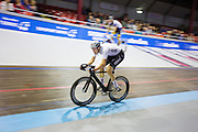 Nikki Terpstra tijdens een koppelkoers. In Amsterdam vindt de Zesdaagse van Amsterdam plaats, een groots wielerevenement in het velodrome.<br /> <br /> Nikki Terpstra at the Six Days of Amsterdam, a major cycling event in the velodrome.