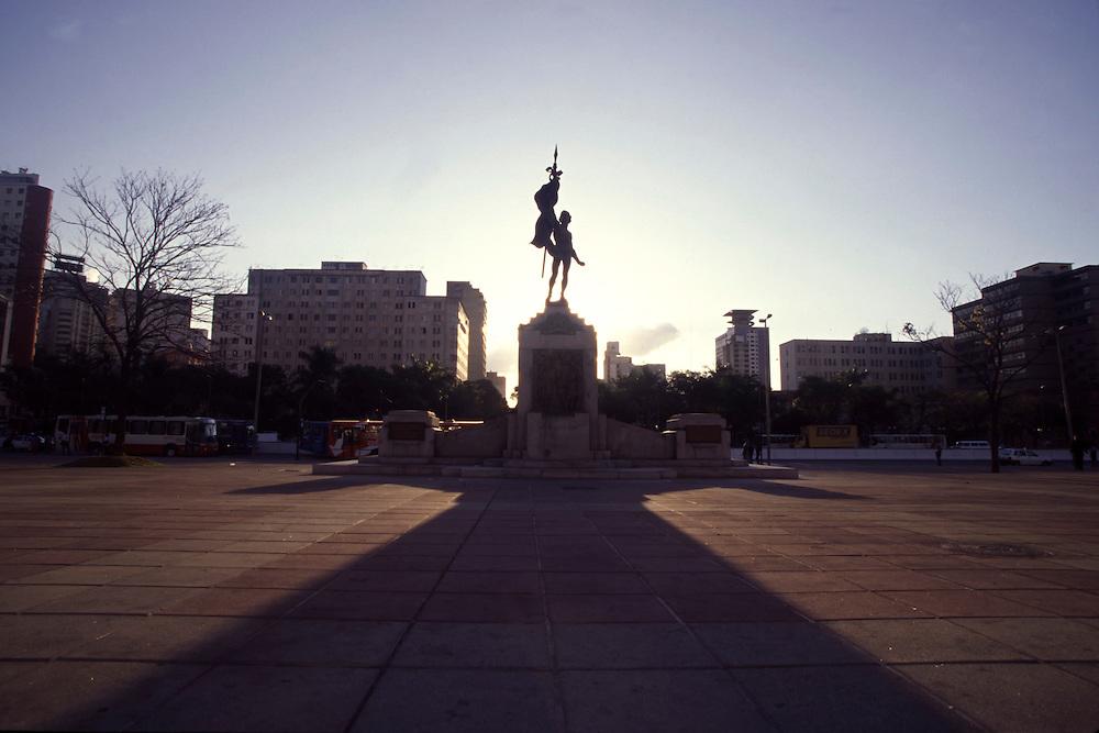 Belo Horizonte_MG, Brasil...Praca da Estacao em Belo Horizonte, Minas Gerais...Estacao square in Belo Horizonte, Minas Gerais...Foto: LEO DRUMOND / NITRO
