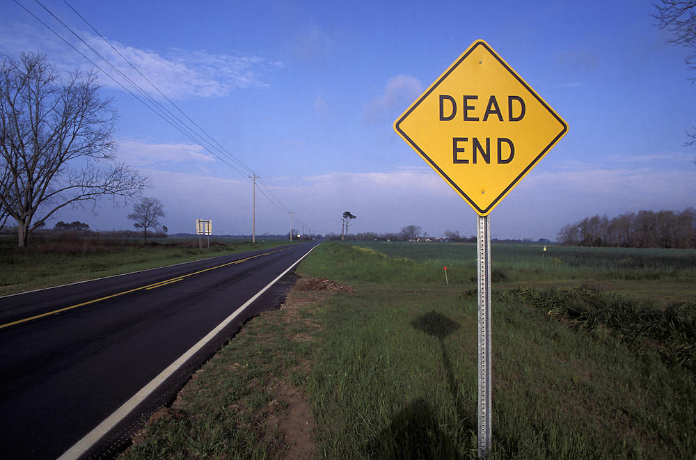 "Sign ""Dead End"" Country Road near Foley, Alabama, USA"