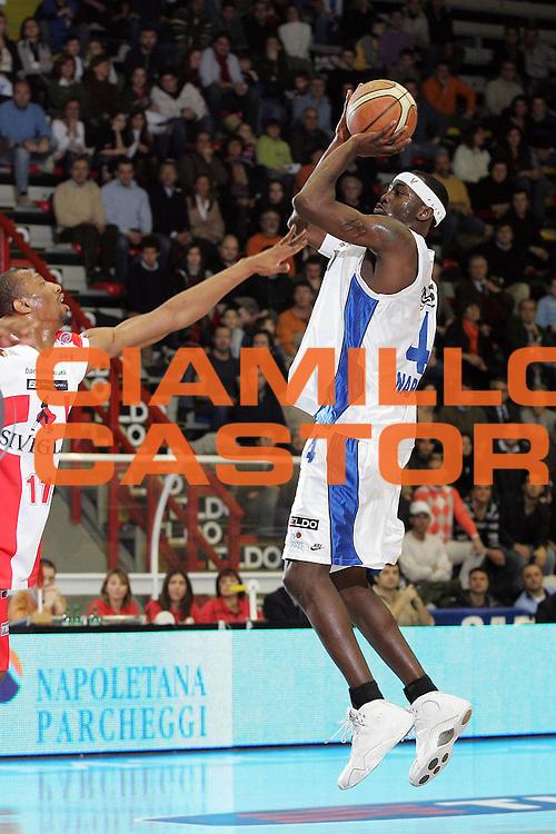 DESCRIZIONE : Napoli Lega A1 2006-07 Eldo Napoli Siviglia Wear Teramo<br /> GIOCATORE : Sesay<br /> SQUADRA : Eldo Napoli <br /> EVENTO : Campionato Lega A1 2006-2007 <br /> GARA : Eldo Napoli Siviglia Wear Teramo<br /> DATA : 03/02/2007<br /> CATEGORIA : Tiro<br /> SPORT : Pallacanestro <br /> AUTORE : Agenzia Ciamillo-Castoria/A.De Lise