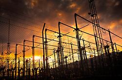 27.04.2011, Kaprun, AUT, Energie Feature, im Bild Ein Umspannwerk nahe Kaprun, in der Abendsonne. Die Stromleitungen rund um Kaprun (Pinzgau, Salzburgerland), liefern Energie aus einem Wasserkraftwerk per Überlandleitungen  an die Kunden. // A substation near Kaprun, in the evening sun. The power lines around Kaprun (Pinzgau, Salzburg), provide energy from a hydroelectric plant by transmission lines to customers, EXPA Pictures © 2011, PhotoCredit: EXPA/ J. Feichter