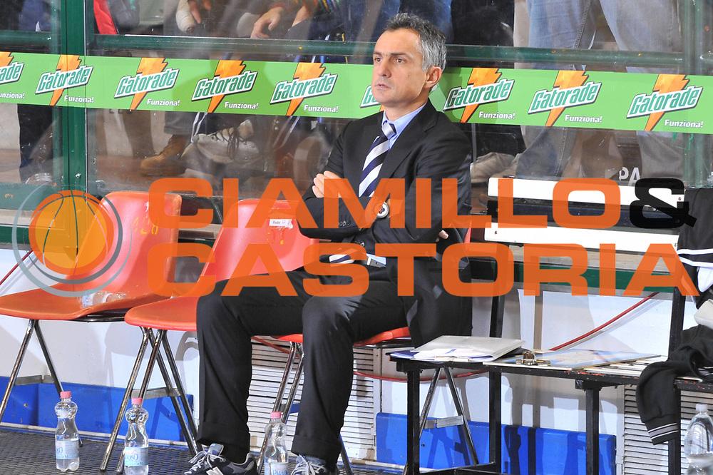 DESCRIZIONE : Ferrara Lega A 2009-10 Basket Carife Ferrara Virtus Bologna<br /> GIOCATORE : Giorgio Valli Coach<br /> SQUADRA : Carife Ferrara<br /> EVENTO : Campionato Lega A 2009-2010<br /> GARA : Carife Ferrara Virtus Bologna<br /> DATA : 06/12/2009<br /> CATEGORIA : Ritratto Before<br /> SPORT : Pallacanestro<br /> AUTORE : Agenzia Ciamillo-Castoria/M.Gregolin<br /> Galleria : Lega Basket A 2009-2010 <br /> Fotonotizia : Ferrara Campionato Italiano Lega A 2009-2010 Carife Ferrara Virtus Bologna<br /> Predefinita :