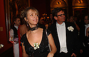Sabrina Guinness and Francesco Boglione.  Belle Epoche gala fundraising dinner. National Gallery. 16 March 2006. ONE TIME USE ONLY - DO NOT ARCHIVE  © Copyright Photograph by Dafydd Jones 66 Stockwell Park Rd. London SW9 0DA Tel 020 7733 0108 www.dafjones.com