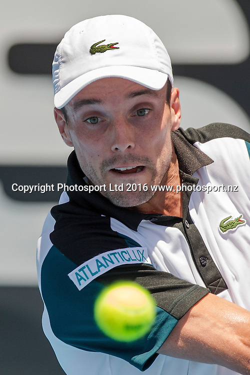 Spain`s Roberto Bautista Agut plays United States` Donald Young in a singles match on Day 3 at the ASB Classic Tennis Men`s Tournament, ASB Tennis Arena, Auckland, New Zealand, Wednesday, January 13, 2016. Copyright photo: David Rowland / www.photosport.nz