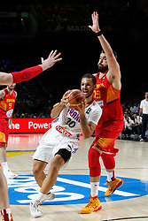 10.09.2014, Palacio de los deportes, Madrid, ESP, FIBA WM, Frankreich vs Spanien, Viertelfinale, im Bild Spain&acute;s Marc Gasol (R) and France&acute;s Fournier // during FIBA Basketball World Cup Spain 2014 Quarter-Final match between France and Spain at the Palacio de los deportes in Madrid, Spain on 2014/09/10. EXPA Pictures &copy; 2014, PhotoCredit: EXPA/ Alterphotos/ Victor Blanco<br /> <br /> *****ATTENTION - OUT of ESP, SUI*****