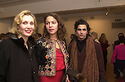 Allegra Hicks, Lola Schnabel and Zac Posen. Francesco Clemente private view. Anthony d'Offay . London. 1 March 2001. © Copyright Photograph by Dafydd Jones 66 Stockwell Park Rd. London SW9 0DA Tel 020 7733 0108 www.dafjones.com