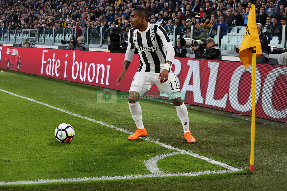 March 14, 2018 - Turin, Piedmont, Italy - Douglas Costa (Juventus FC) during the Serie A football match between Juventus FC and Atalanta BC at Allianz Stadium on 14 March, 2018 in Turin, Italy. (Credit Image: © Massimiliano Ferraro/NurPhoto via ZUMA Press)